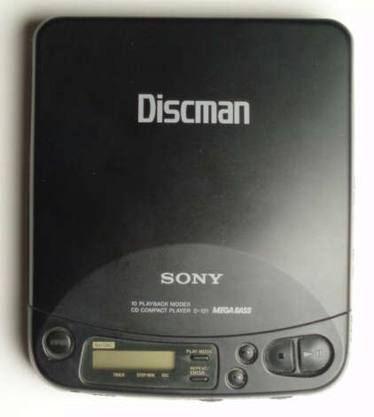 Sony produced the first portable CD player in 1984. This Discman came a little later. Photo: Morn/Wikimedia Common