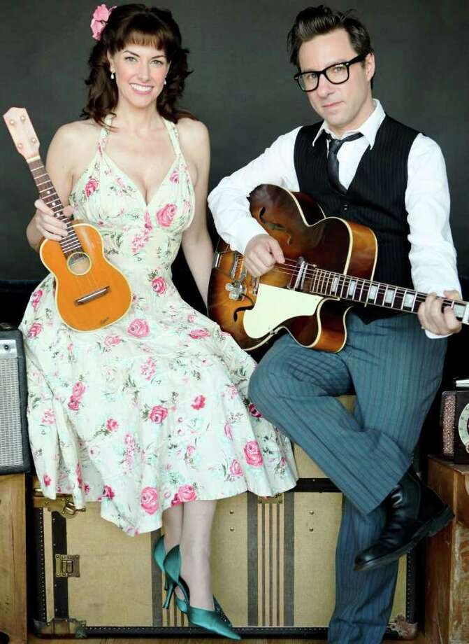 Duo Victor & Penny -- Jeff Freling and Erin McGrane --who specialize in '20s and '30s songs. Photo: DeAwna McGinley Photography / DeAwna McGinley Photography