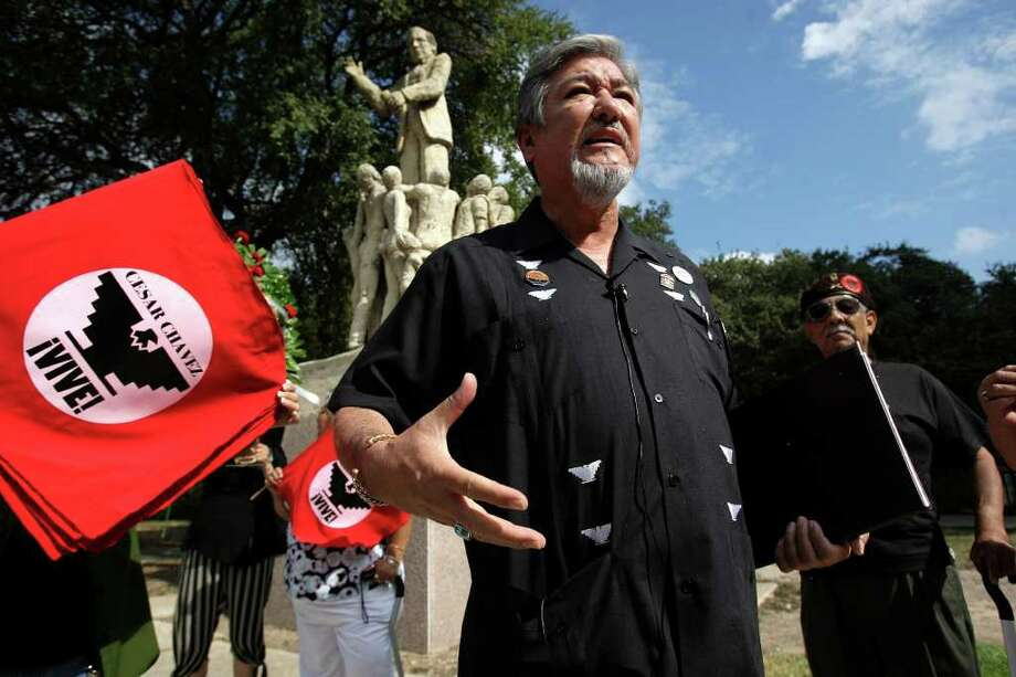 FOR METRO - Union leader Jaime P. Martinez addresses the media during a Wreath Laying Ceremony in celebration of Labor Day, Monday, Sept. 7, 2009. JERRY LARA\glara@express-news.net Photo: JERRY LARA, San Antonio Express-News / glara@express-news.net