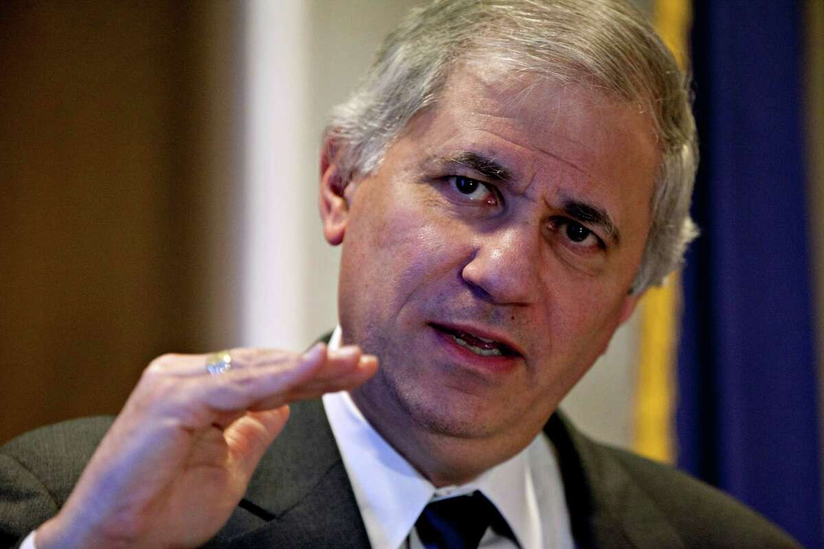 Martin Gruenberg, acting chairman of the Federal Deposit Insurance Corp., speaks at the FDIC in Washington, D.C., U.S., on Tuesday, Feb. 28, 2012. U.S. lenders had net income of $26.3 billion in the fourth quarter, increasing earnings by 23.1 percent over the same period in 2010 on lower provisions for loan losses, the FDIC said today. Photographer: Andrew Harrer/Bloomberg *** Local Caption *** Martin Gruenberg