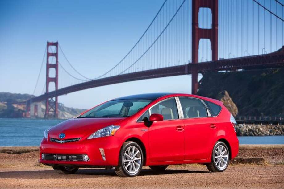 Toyota Prius V: 42 mpg combined, 44 city mpg, 40 higway mpg