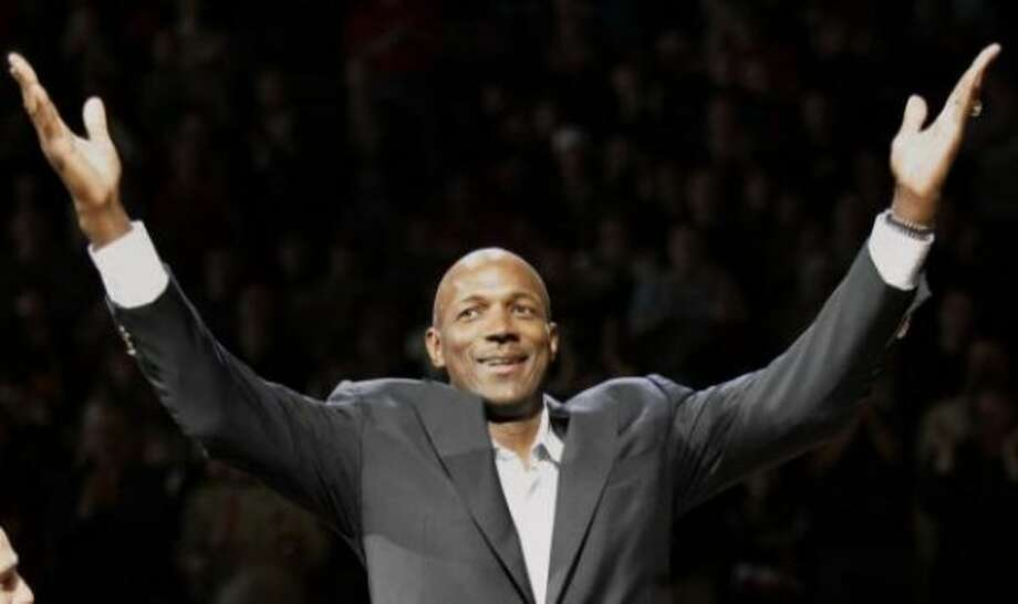 Clyde Drexler of the Houston Rockets: Dancing with the Stars, Season 4 (2007)