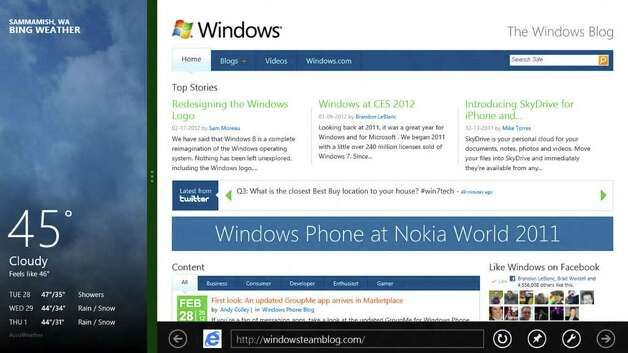 A Windows 8 screenshot showing snapping apps. Photo: Microsoft