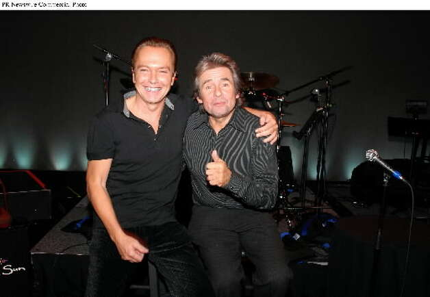 Two pop icons, David Cassidy and Davy Jones, at the Cabaret Theatre at Mohegan Sun, in 2006. (PRNewsFoto)