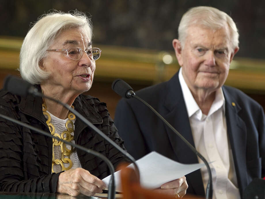 Edith Royal, wife of former Texas NCAA college football coach, Darrell Royal announces that the family foundation named after her husband, DKR Fund for Alzheimer's Research, would fund Alzheimer's disease research in Texas during a joint legislative hearing held at the State Capitol in Austin, Texas, on Tuesday, Feb. 28, 2012. (AP Photo/Austin American-Statesman, Rodolfo Gonzalez) MAGS OUT; NO SALES; INTERNET AND TV MUST CREDIT PHOTOGRAPHER AND STATESMAN.COM Photo: Rodolfo Gonzalez, AP / Austin American-Statesman