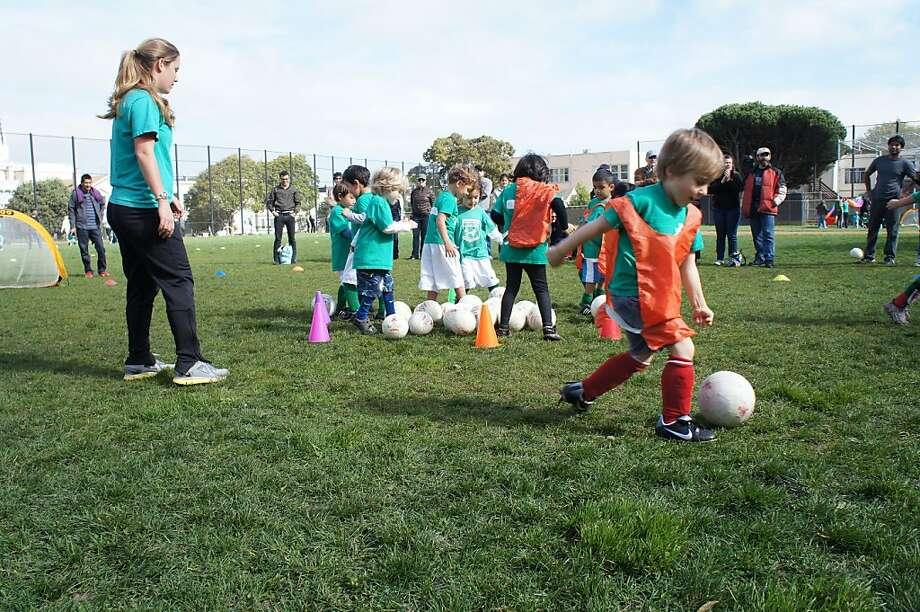 Participants in San Francisco s SoccerTots program. Photo: Trishan Arul
