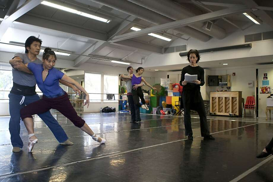 Joanna Berman (right) reads from her notes while Mayo Sugano (left) and her partner Derek Sakakura (left) and Hiromi Yamazaki (center) and her partner Robert Dekkers (center) practice the dance. Joanna Berman, formerSan Francisco Ballet Principal Dancer, is staging a duet from Christopher Wheeldon's work Mercurial Manoeuvres on Diablo Ballet. Photo: Sean Culligan, The Chronicle