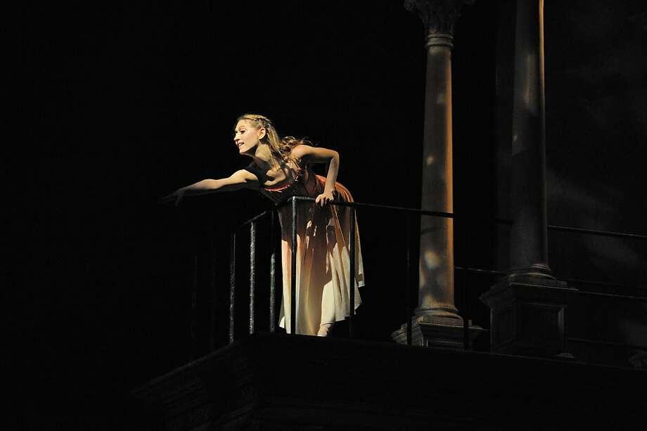 Sarah Van Patten of San Francisco Ballet in Helgi omasson s Romeo & Juliet (copyright Erik Tomasson) Photo: Erik Tomasson