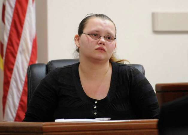 Loretta Colegrove takes the stand during the trial of Matthew Slocum, her boyfriend, in Washington County Court in Fort Edward, N.Y. March 1, 2012.  Slocum is  accused of killing three people in White Creek last year and Colegrove testified that she saw him kill one of the people.  (Skip Dickstein / Times Union) Photo: SKIP DICKSTEIN / 2011
