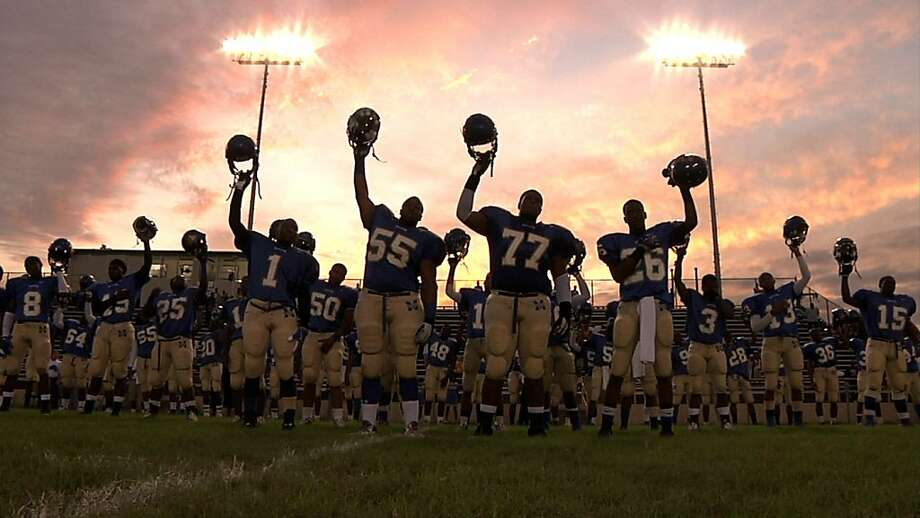 eam Photo of The Manassas Tigers on the verge of victory in Dan Lindsay's and TJ Martin's film UNDEFEATED Photo: Dan Lindsay/TJ Martin, The Weinstein Co.