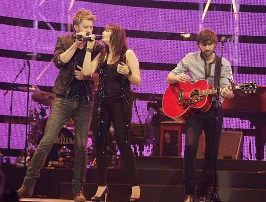 Lady Antebellum performs in concert during RodeoHouston on March 11, 2011. (James Nielsen / Houston Chronicle)