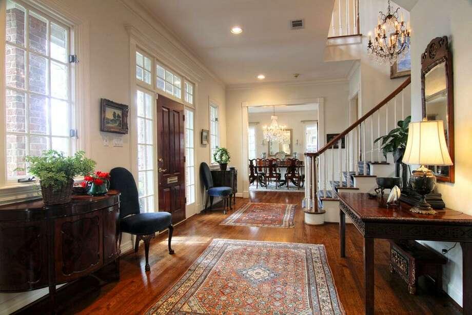 3830 Piping Rock| Greenwood King Properties | Agent: Nancy E Garfield   | (713) 524-0888 | Photo: Greenwood King