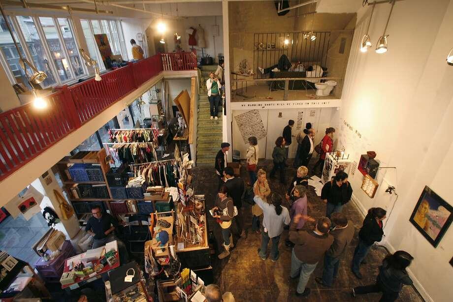 Oakland's Rock Paper Scissors Collective hosts open craft nights twice a month. Photo: Kim Komenich, SFC