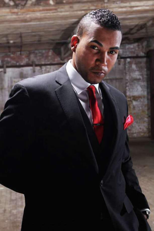 """Puerto Rican """"Reggaeton Latino"""" star Don Omar will hit the stage at Foxwoods Casino on Saturday. Find out more.  Photo: Houston Chronicle / DirectToArchive"""