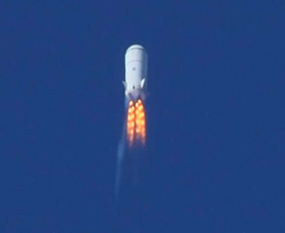Blue Origin's second test vehicle flies at Mach 1.2 at 45,000 feet after a 2011 launch, right before a flight instability drove an angle of attack that triggered its range safety system to terminate thrust. Photo: Blue Origin