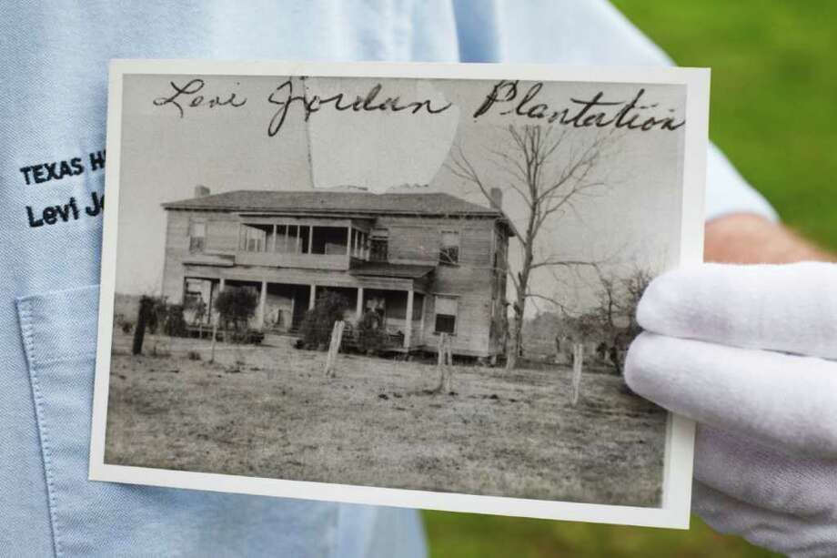 Plantation restoration will offer a glimpse into the lives ...