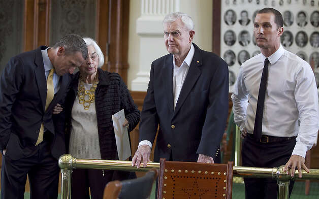 Edith Royal, wife former Texas NCAA college football coach Darrell Royal, center, speaks with seven-time Tour de France winner Lance Armstrong, left, as actor Matthew McConaughey, far right, stands by before the start of a joint legislative hearing held at the State Capitol in Austin, Texas, on Tuesday, Feb. 28, 2012. Royal's wife, Edith Royal, announced during a joint legislative hearing that the family foundation named after her husband, DKR Fund for Alzheimer¿s Research, that would fund Alzheimer¿s disease research in Texas. Armstrong and McConaughey attended the hearing to support the foundation Royal. (AP Photo/Austin American-Statesman, Rodolfo Gonzalez) MAGS OUT; NO SALES; INTERNET AND TV MUST CREDIT PHOTOGRAPHER AND STATESMAN.COM Photo: Rodolfo Gonzalez, AP / Austin American-Statesman