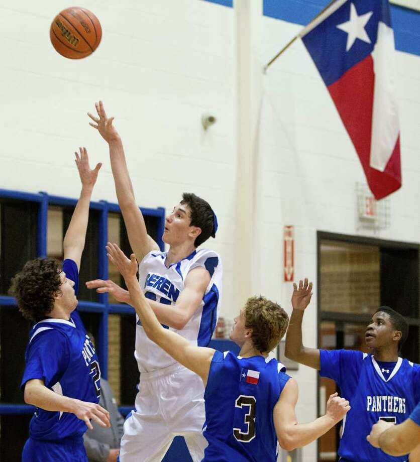 Beren Academy forward Zach Yoshor puts up a shot against Abilene Christian. Photo: Smiley N. Pool, Houston Chronicle / © 2012  Houston Chronicle