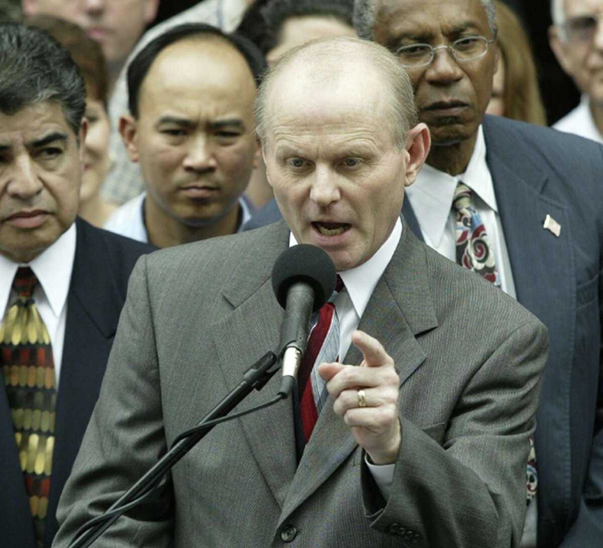 Pastor Steve Riggle of the Grace Community Church in 2003.