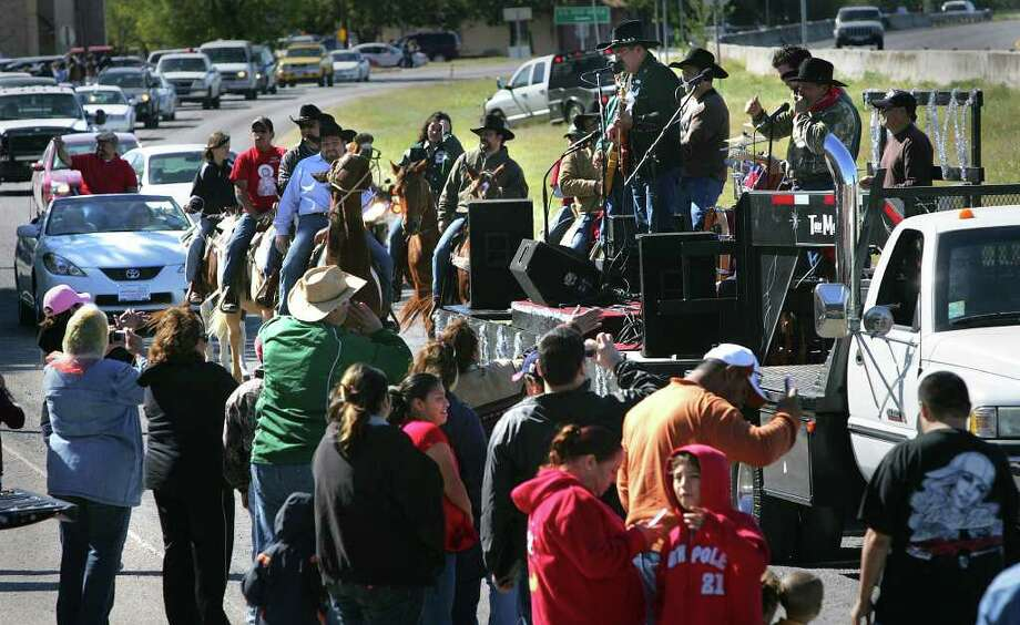 Larry Hernandez and the Caliche Road Band play in the parade in the annual Von Ormy Day in November 2008, the year Von Ormy was incorporated. Photo: BOB OWEN, SAN ANTONIO EXPRESS-NEWS / rowen@express-news.net
