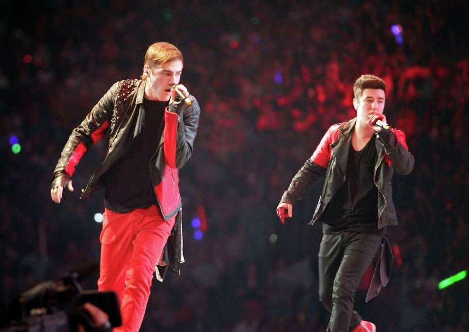 Big Time Rush performs in concert during the Houston Livestock Show and Rodeo Sunday, March 4, 2012, in Houston. Photo: James Nielsen, Chronicle / © 2011 Houston Chronicle