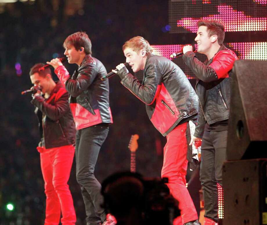 Big Time Rush performs before a crowd of 72,287 Sunday at the Houston Livestock Show and Rodeo. Photo: James Nielsen / © 2011 Houston Chronicle