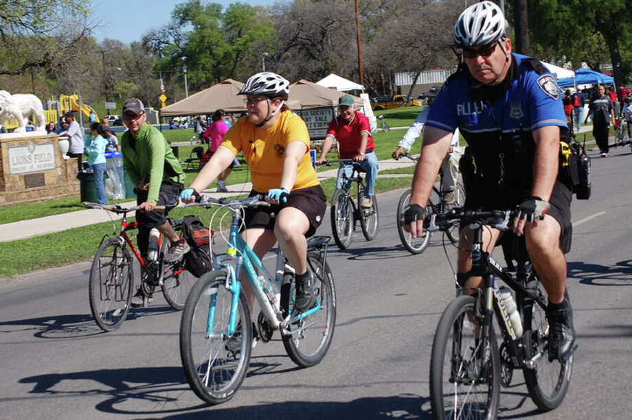 An estimated 40,000 people joined the city's celebration of physical activity, Síclovía. File photo Photo: Erica Mendez