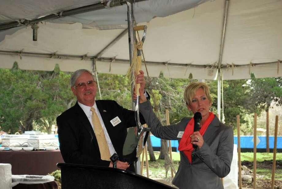 EdenHill facility celebrates groundbreaking - San Antonio Express-News