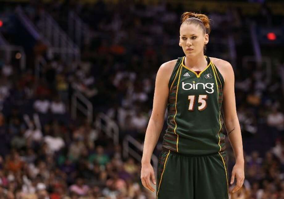 """6. Lauren Jackson -- Seattle Storm forwardShe """"won"""" in 2005 after posing nude in an Australian magazine and in Sports Illustrated's swimsuit edition. No naughty photo shoots in 2012, so here she is at No. 6. Photo: Christian Petersen, Getty Images"""