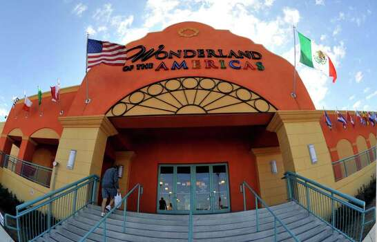 "...you've witnessed the complete ""naming-cycle"" for Wonderland Mall to Crossroads Mall and back again to Wonderland Mall.  --Mickey Tehan Photo: Photo By Robin Jerstad/Special To The Express-News"
