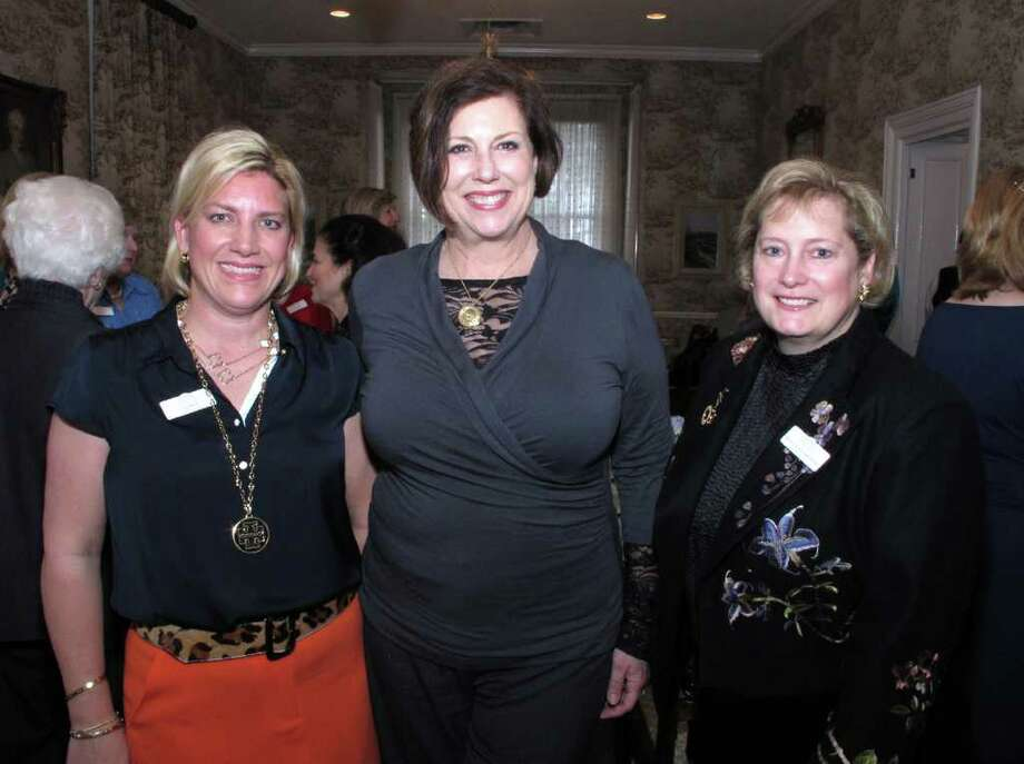 OTS/HEIDBRINK - Past presidents Lisa Wolff, from left, Kathy Griesenbeck and Anna-Laura Block gather at the Jr League past presidents luncheon at the Bright Shawl on 2/29/2012. This is #2 of 2 photos. names checked photo by leland a. outz Photo: LELAND A. OUTZ, SPECIAL TO THE EXPRESS-NEWS / SAN ANTONIO EXPRESS-NEWS