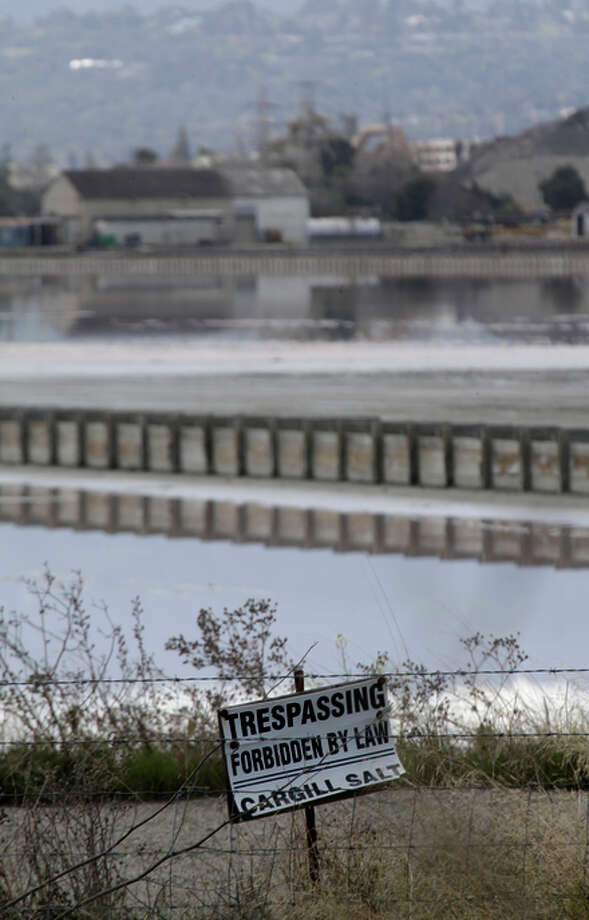 Cargill posted a sign at the site forbidding trespassing. Photo: Lea Suzuki / The Chronicle / ONLINE_YES