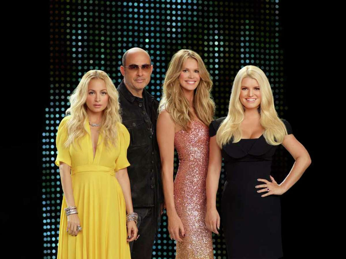 Host and producer Elle Macpherson, second from right, joins mentors Nicole Richie, left, John Varvatos and Jessica Simpson on