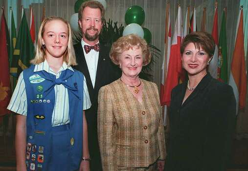 From left, Rachael Hornstrom, Cadet Girl Scout; Charline McCombs, honoree;  Lucy Cuellar, board president; and Tom Frost III, rear, VP were at the Girl Scout Trefoil on Oct. 7, 1999. Photo: JOEY GARCIA, Express-News File Photo