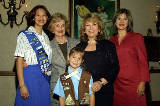 The Girl Scouts of San Antonio held its Trefoil Awards Dinner on Sept. 10, 2002. Jasmine Ng (from left), Girl Scouts of S.A.; Charline McCombs, event chair; Vikki Carr, award winner; Lucy Castellano, Girl Scout Board President. Photo: ANTHONY PADILLA, Express-News File Photo / SAEN