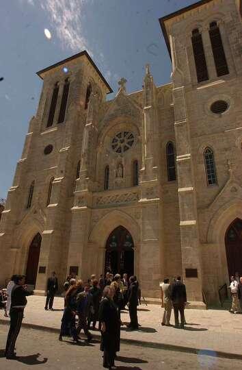 METRO - San Fernando Cathedral dedication celebration. BILLY CALZADA / STAFF