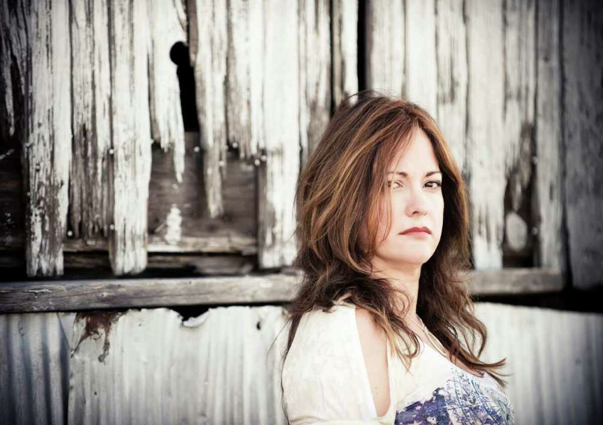 Beth McKee mixes blues, rock, soul and funk on her new album,