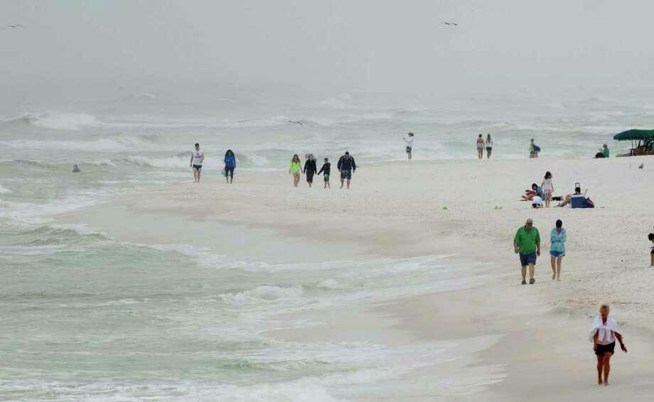 Study: Rising sea levels a growing risk to coastal U S