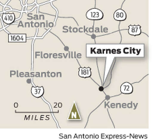 Karnes City, Texas Photo: Mike Fisher, San Antonio Express-News