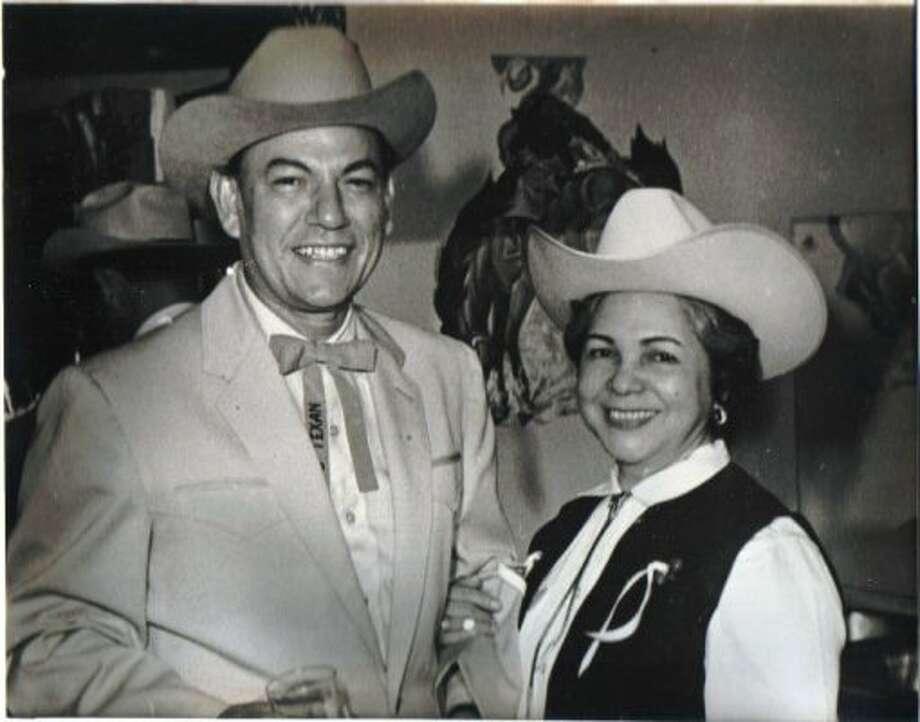 Raul and Mary Molina. (Molina / Molina)