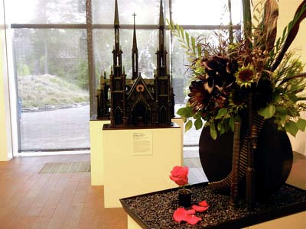 """Al Farrow's """"The Spine and Tooth of Santo Guerro"""" interpreted by Tutti-Fiori Floral Design's Diedre Rastelli (Catherine Bigelow)"""