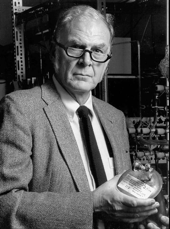 FILE - This 1989 photo provided by the University of California Irvine shows F. Sherwood Rowland, one of three chemists who shared the 1995 Nobel Prize for chemistry for discovering that a byproduct of aerosol sprays, deodorants and other consumer products could destroy the earth's atmospheric blanket. Rowland died at his Corona Del Mar, Calif. home on Saturday, March 10, 2012.  He was 84. (AP Photo/University of California Irvine, File) Photo: Anonymous, Associated Press
