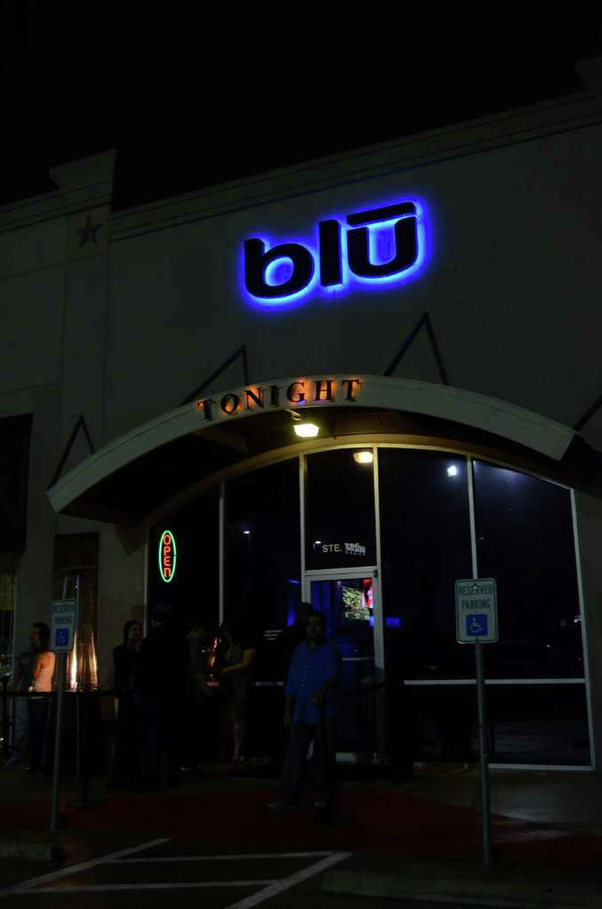 Blu Bar and Night Club offers a hip spot for the young and middle-aged crowd a two-story, two-bar night club atmosphere. Robin Johnson