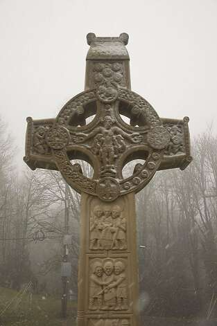 Oregon Irish Famine Memorial in Mt. Calvary Catholic Cemetery, Portland. Photo: Portland AOH