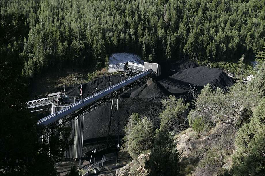 The Crandall Canyon Mine in in Huntington, Utah, is shown Tuesday, Aug. 7, 2007. With rescuers still at least three days away from reaching six trapped coal miners, the mine's owner and the government split sharply Tuesday over whether an earthquake caused the cave-in and whether the men were engaged in an often-dangerous form of mining . (AP Photo/The Salt Lake Tribune, Jim Urquhart) Photo: Jim Urquhart, AP
