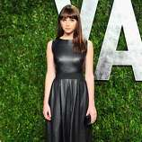 WEST HOLLYWOOD, CA - FEBRUARY 26:  Actress Felicity Jones arrives at the 2012 Vanity Fair Oscar Party hosted by Graydon Carter at Sunset Tower on February 26, 2012 in West Hollywood, California.  (Photo by Alberto E. Rodriguez/Getty Images)