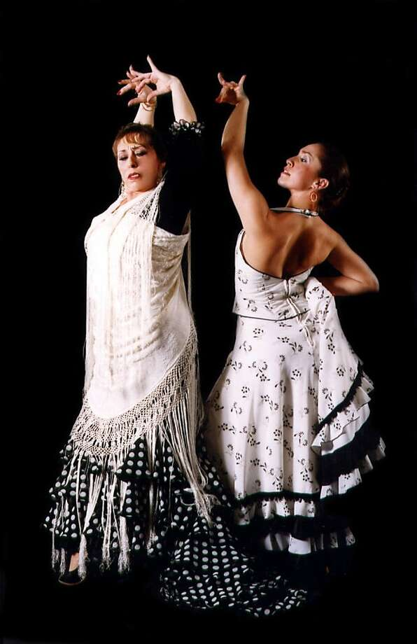 Carolina Lugo and Carol  Acu a of Ballet Flamenco Photo: Weiferd Watts