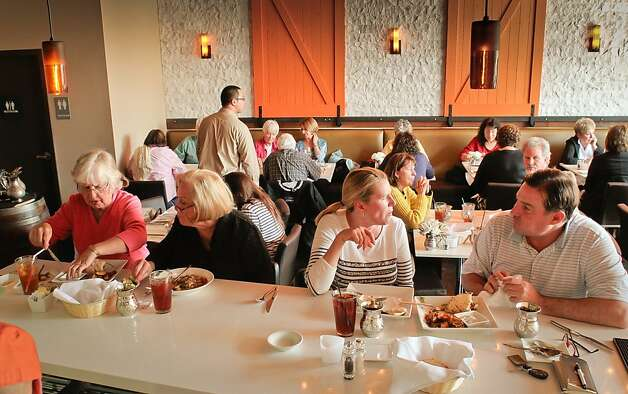 Diners enjoy lunch at Tarla Mediterranean Grill in Napa,  Calif., on Friday, March 9th, 2012. Photo: John Storey
