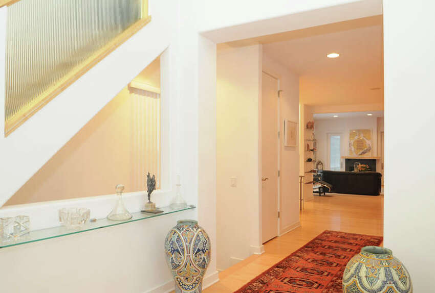 House of the Week: 11 Park Alley North, Saratoga Springs   Realtor: Shannon McCarthy at RealtyUSA.com   Discuss: Talk about this house
