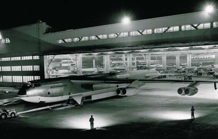A newly-completed B-52 Stratofortress is rolled out of Boeing's Seattle plant on March 18, 1955. Photo: The Boeing Co.